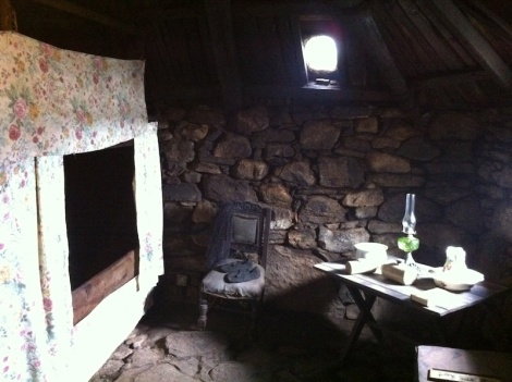 Arnol Blackhouse bedroom
